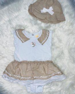 CONJUNTO de color beige este conjunto incluye un body precioso y un gorro perfecto para el verano