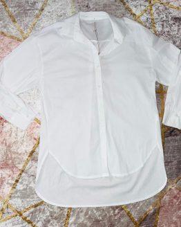 Camisa / vestido blanca , con mangas abollonadas. Tallas S / M , (dan bastante talla ambas , la M podría dar para una L). Puedes combinarla con nuestro chaleco rombo y botas negras para completar tu conjúntalo. babydaiashop . compra online . artículos para mujer y niños.