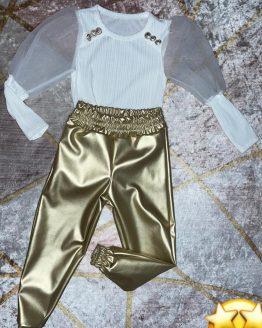 Conjunto Mimi , compuesto por body blanco , con mangas de gasa , botones en los hombros dorados y pantalón gold con cintura engomada y puños. Tallas 4 a 14 años , (Tallas pares). babydaiashop . compra online . artículos para bebes y niños.